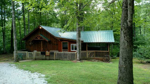 SHADY'S BARN 1 Bedroom Cabin Rental