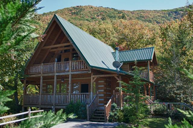 Charmant CINNAMON SKY 2 Bedroom Cabin Rental