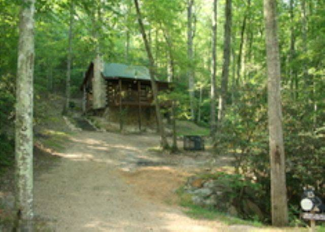 Bear Hugs Cabins In Sevierville Tn Great Cabins In