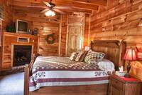Romantic cabin rental near Pigeon Forge at HIGH HOPES in Pigeon Forge TN