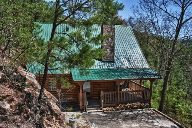 Romantic pigeon forge cabins with a view great cabins for Gatlinburg cabins for couples